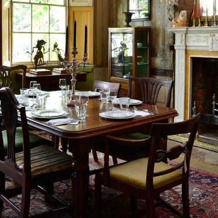 میز ناهار خوری کم جا و با کیفیت