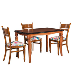 میز ناهارخوری زمرد