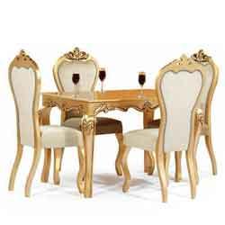 میز ناهارخوری کاملیا